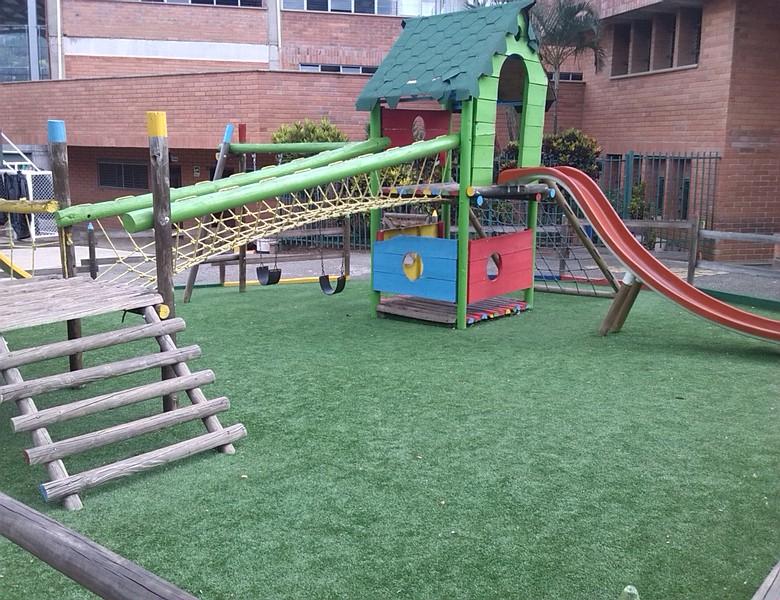 Parque infantil nazaret gramas sinteticas cesped - Cesped artificial colombia ...